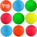 choisir un accessoire de pétanque : buts fluorescents